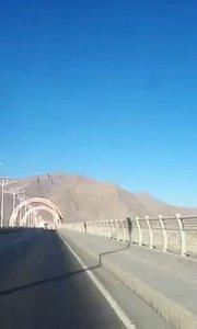 拉萨慢二零 带你看西藏! 柳东大桥骑行,迎来2021晨骑第一次曙光~ #拉萨骑行 #拉萨租自行车 #西藏旅行