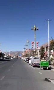 拉萨慢二零 带你看西藏! 达孜由县变区,建设明显加快了,但传统不变~ #西藏旅行 #拉萨骑行 #拉萨租自行车