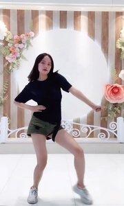 北京艺方小雪老师一支热舞《hand clap》送给请大家!希望大家喜欢!#性感不腻的热舞 #我怎么这么好看