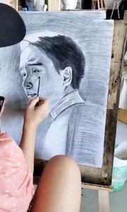 北京艺方美术学员王迎晨素描人像绘画《张国荣》第二阶段#北京艺方素描培训班##北京艺方成人素描班##书画之美
