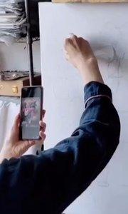 北京艺方学员熊昱彤油画作品《瓶中月季花》第一阶段 #北京艺方油画速成班##零基础油画课程##书画之美
