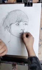 北京艺方美术学员素描肖像作品《凝望的女青年》#真人素描头像#北京艺方素描培训##书画之美