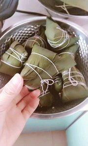 端午节自己包的粽子更有味道。