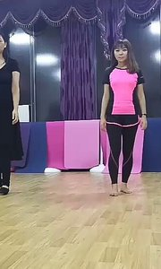 舞蹈练习中
