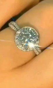 #珠宝玉器 #我怎么这么好看 给你们!祝幸福!