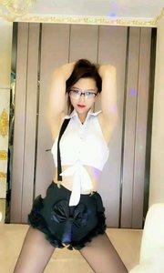 模特小鹿(95074779)
