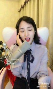 歌手?小曼(136831368)这声线,就是万中无一,忽高忽低转换有度!唱歌的享受,听的迷醉!