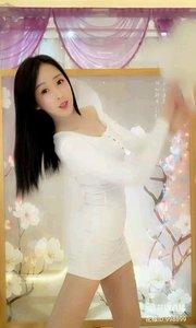 韩美(998899)人如其名含蓄而美丽,总是让人眼前一亮!