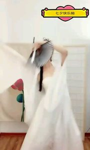 @夏·妃 ?? @(小夏夏) 舞蹈《风月》选段一 #古风之美 #性感不腻的热舞 #今日主播最美穿搭 #夏日清凉美女多 #我怎么这么好看 #热舞系列 #夏妃