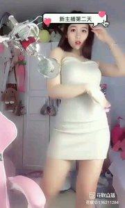 #爱跳舞的我最美 #性感不腻的热舞 @馨儿~新主播求守护