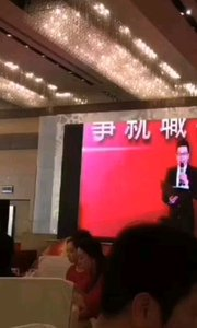 香港演出,临时客串主持,好久没做了有点生疏了。