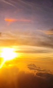 空中的朝阳