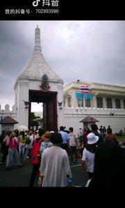 游客如云的泰国大皇宫
