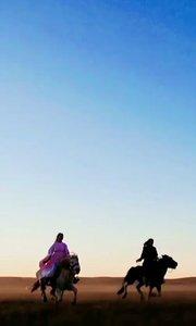 #户外进行时 #原创达人 #我们都是演技派  夕阳西下·风一样的女子·人人都是王昭君·断肠人在吃土·摄影师在坝上