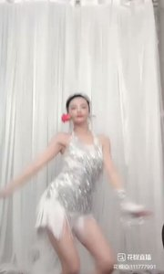 #精彩录屏赛  @凌小九 性感热辣多情,一支玫瑰花献给《》我的情人