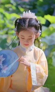 #我家的中秋节  孩童是维系亲情的纽带,相思成疾待团团圆圆。