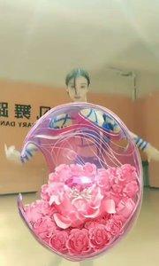 #花椒好舞蹈 #花椒星闻  《大鱼》舞蹈配上海洋之心特效牛掰了。