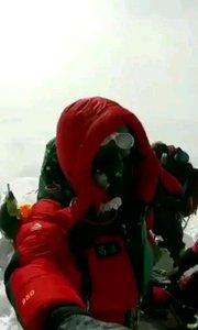 珠穆朗玛峰顶海拔8848米