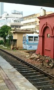 斯里兰卡挂火车 从来不关门