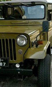 1978年三菱越野车海外正常使用#三菱越野车 #带着花椒去旅行 #老爷车