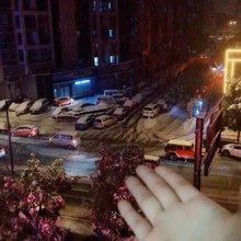 哇,好大的雪