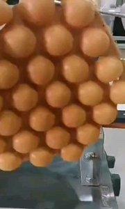 雞蛋仔製作來嘍!!!不只有原味雞蛋仔粉,還有巧克力口味和抹茶口味的呢?