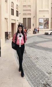 你好?迪拜古堡……