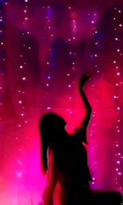火爆猴舞蹈专区:ⅠD776677(舞蹈推送)主播完美的舞蹈配上优雅音乐组成一幅完美舞蹈艺术,光影之舞将你带入韵舞之仙境!感受舞蹈艺术精髓,看更多精彩舞蹈就去火爆猴直播间lD776677领略舞魅人生!@✨火爆猴? @花椒热点 @花椒男人装 #古风之美