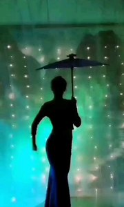 光影之舞蹈专区系列二(火爆猴lD776677舞蹈推送)@✨火爆猴? @花椒热点 @花椒动态 #爱跳舞的我最美 #主播的高光时刻 #性感不腻的热舞 #巅峰之战原创达人初赛