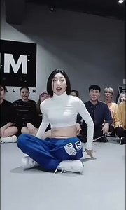 Bikini Body - Dawin ft. R City - Lia Kim & Koosung Jung Chor