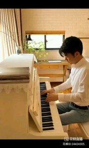钢琴家  一曲美妙的乐曲 使入心身愉悦…