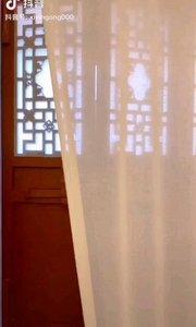 《雅风》  款款踱步雅室中 清丽婉约一女神 优雅文静无限美 超凡脱俗画中人……