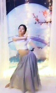 心在,夢在,力量在,行動就在。 放下過去,活在當下,憧憬未來。 #愛跳舞的我最美