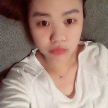 来广州一定要每天敷两次面膜。。。太太太干了。。。皮肤变的好差。。。
