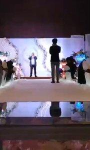 受邀婚礼嘉宾演唱