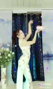 舞者火爆猴《万梦星》1.2#今天直播穿点啥 #主播的高光时刻 #我怎么这么好看 @花椒热点