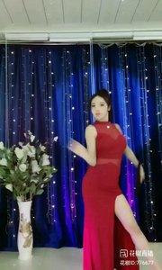 舞者火爆猴《东京爱情故事》1.2#今天直播穿点啥 #主播的高光时刻 #性感不腻的热舞 #我怎么这么好看 @花椒热点