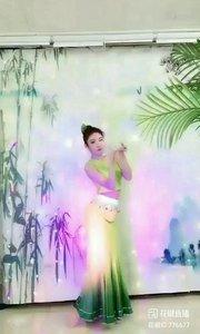 舞者火爆猴《纳西姑娘》1.1#最有才华主播 #主播的高光时刻 #我怎么这么好看 @花椒热点