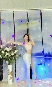 舞者火爆猴《水乡新娘》1.2#最有才华主播 #主播的高光时刻 #我怎么这么好看 @花椒热点