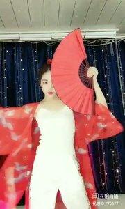 舞者火爆猴《我的新衣》1.1#爱跳舞的我最美 #主播的高光时刻 #我怎么这么好看