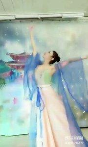 舞者火爆猴《天地不拜》1.2#爱跳舞的我最美 #主播的高光时刻 #我怎么这么好看
