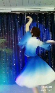 舞者火爆猴《让梦冬眠》1.1#爱跳舞的我最美 #主播的高光时刻 #我怎么这么好看
