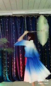 舞者火爆猴《离别的车站》1.2#爱跳舞的我最美 #主播的高光时刻 #我怎么这么好看