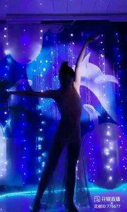 舞者火爆猴《最浪漫的事》1.2#主播的高光时刻 #我怎么这么好看