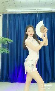 舞者火爆猴《China-P》#主播的高光时刻 #性感不腻的热舞 #我怎么这么好看
