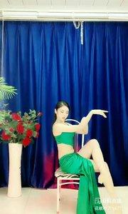 舞者火爆猴《处处吻》4.1#主播的高光时刻 #我怎么这么好看