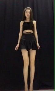 大长腿美女热舞