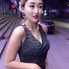 夜晚街头美女❤️