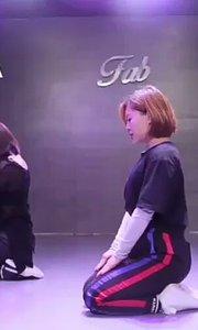 #宣美gashina#菲比舞蹈Lavender导师的基础班视频班出来啦~未来中心新店开业五折优惠中~