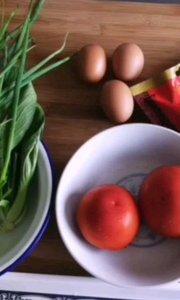 厨妈香西红柿鸡蛋面。